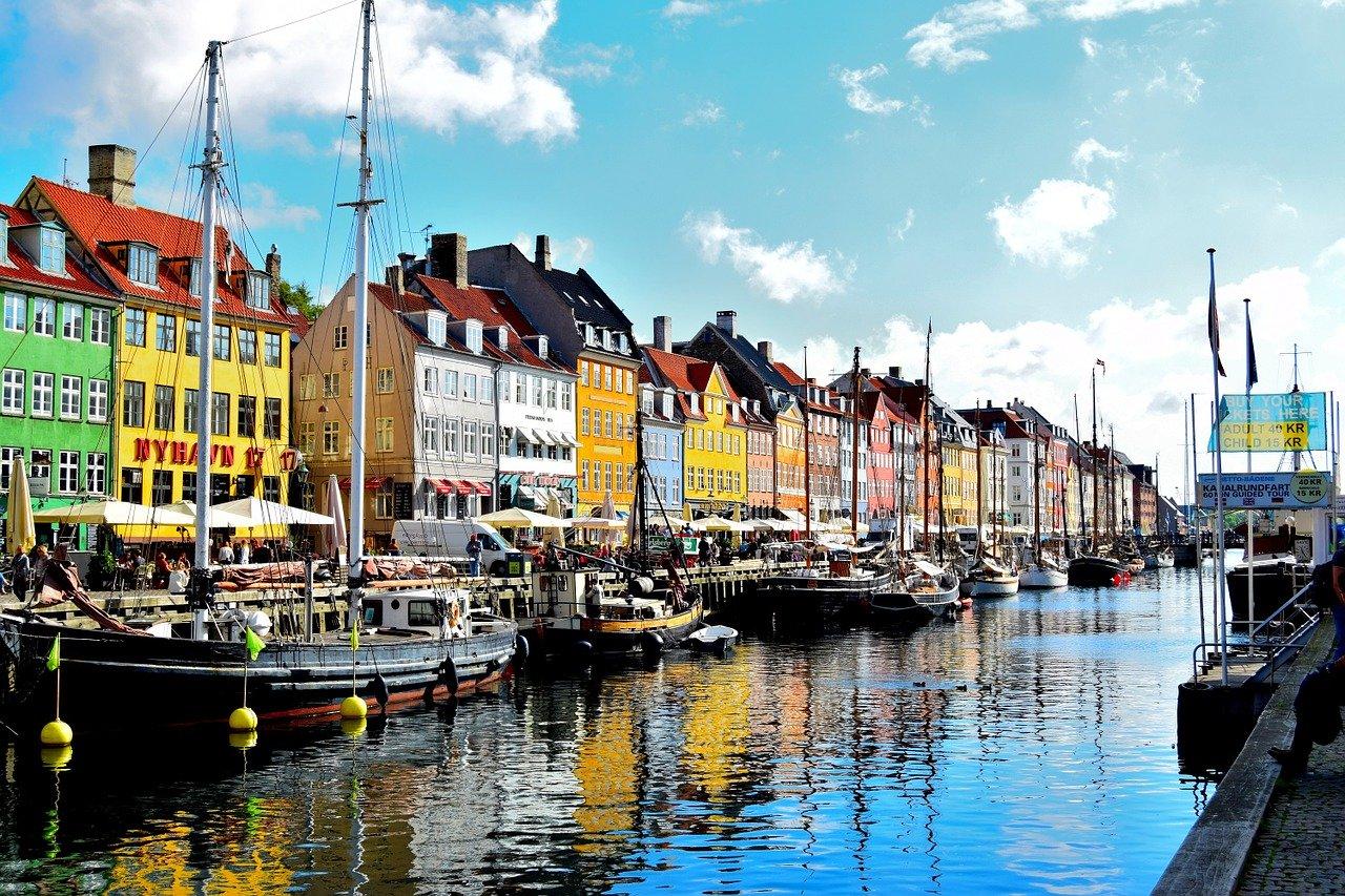 nasocial, Nyhavn, Copenhagen, Dinamarca