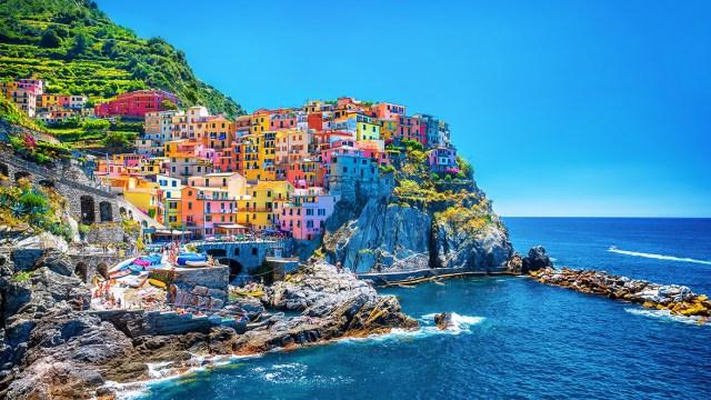 nasocial paisagem colorida
